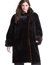 Hooded-Faux-Fur-Walking-Coat
