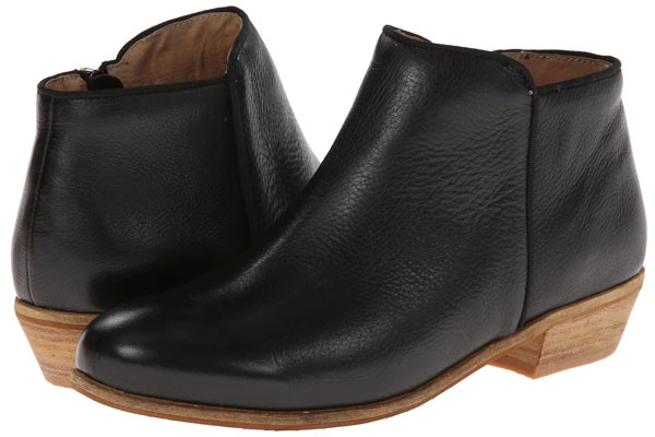 Trendy-Ankle-Boots-Wide