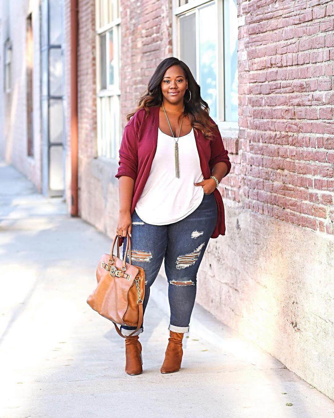 13d1a3a0862 You can get one box or keep going without a commitment. The Stitch Fix  styling fee is  20. Buy all five pieces for 25% discount off the entire  purchase.